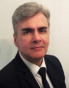 <a href=&quot;/dr-szecsi-gabor/&quot;>Dr. Szécsi Gábor</a>